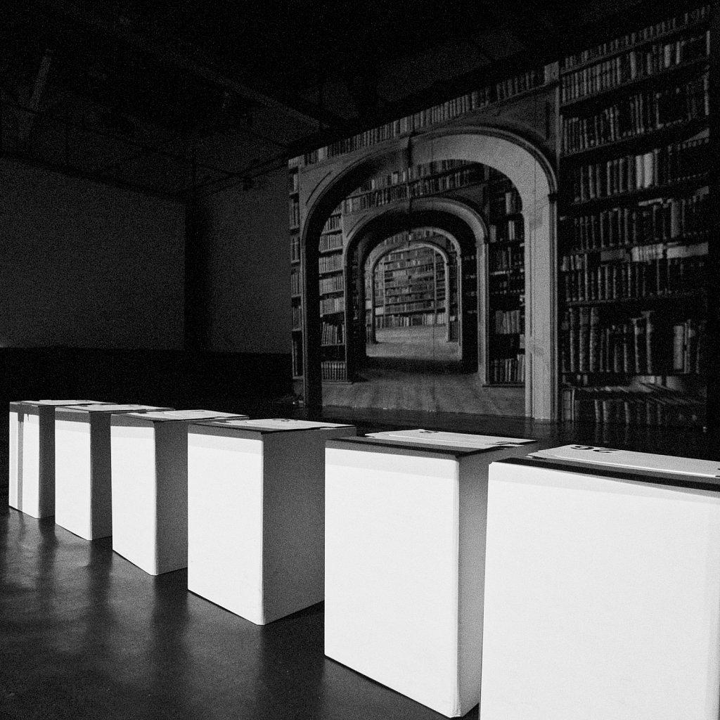 nacht des orakels (szenografie), florian lechner, 2016