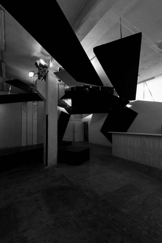 projects . staging halle6 . florian lechner . 2012